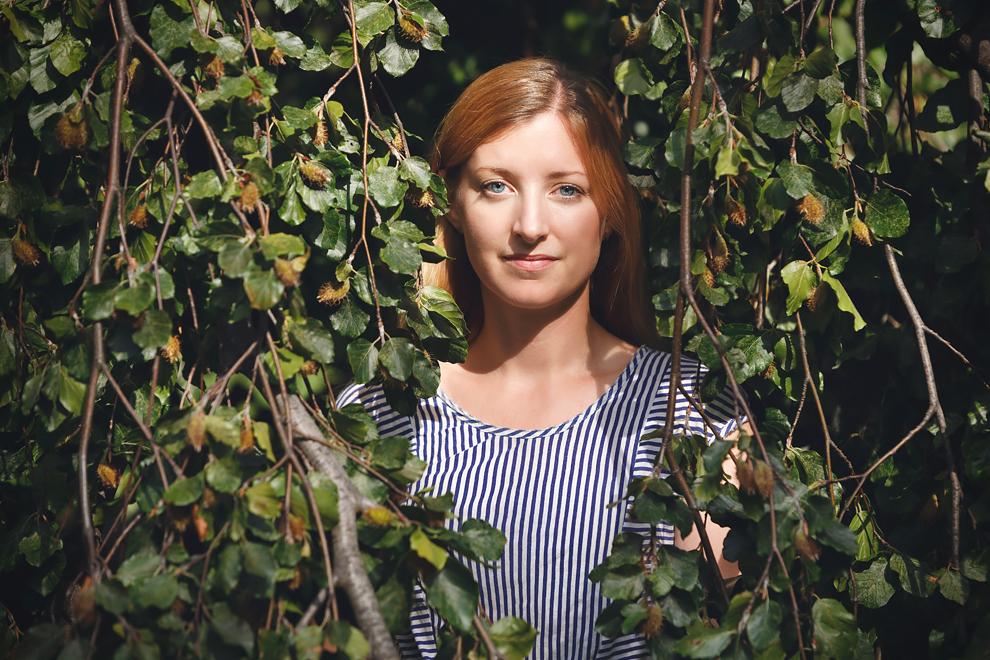 Porträtt av Frida Hylander